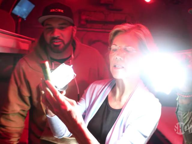 'Is That a Blunt?': Here's Elizabeth Warren Completing an Escape Room with Desus & Mero
