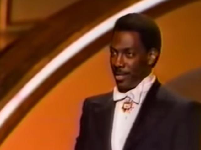A Boomerang of Black Erasure: Welp, Eddie Murphys Oscars-præsentation fra 1988 er stadig relevant i 2020