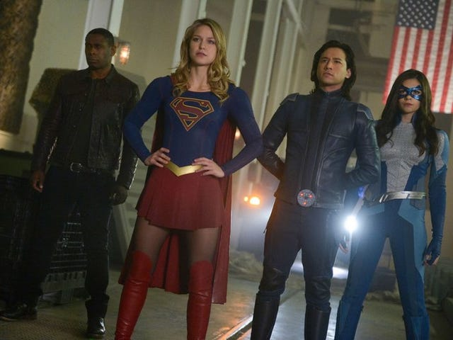 Supergirl Fought a Death Ray Aimed at the White House by a Militant Pro-Alien Cabal