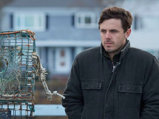 Does Casey Affleck still stand a chance at the Oscars?