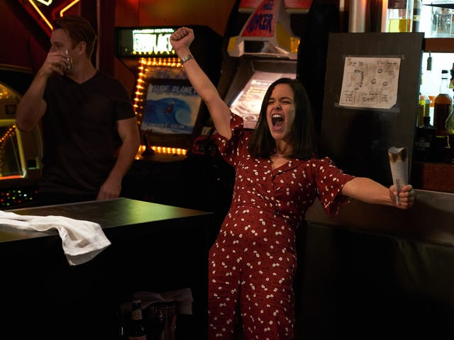 """Brooklyn Nine-Nine's """"Bachelor/ette Party"""" really is a """"cray cray night of funky fun"""""""