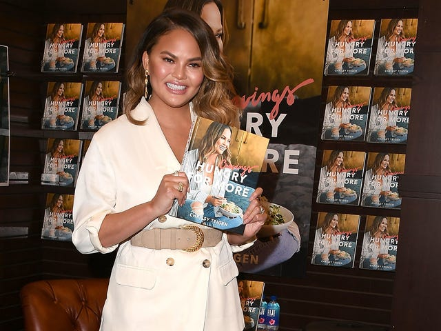 Chrissy Teigen may have tweeted her way into a gig creating airplane menus