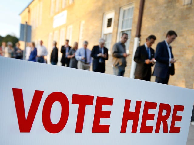 People Can Now Vote Online in a U.S. Election and Everyone Is A Little Nervous