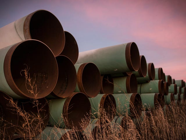 Courts Allow Keystone XL Pipeline to Move Forward With Planning Despite Construction Halt