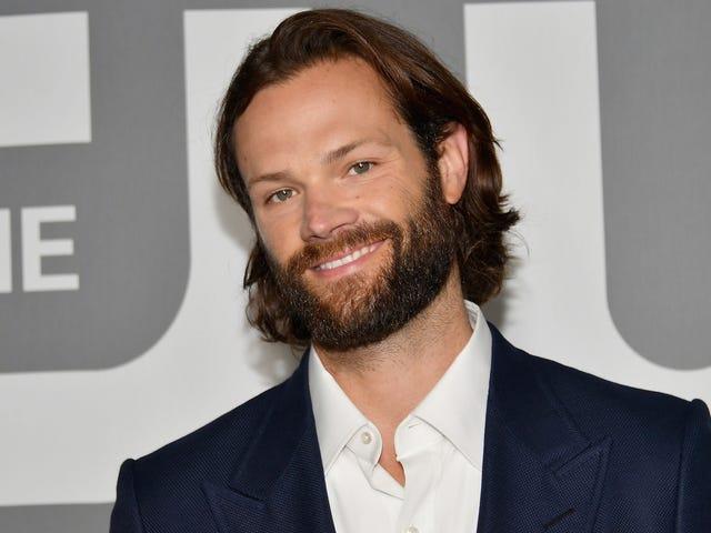 Meno male che può farsi crescere la barba, perché Jared Padalecki è il nuovo Walker, Texas Ranger