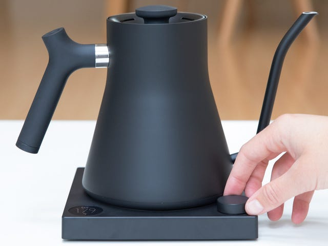 The Best Pour Over Kettle Gets Smart