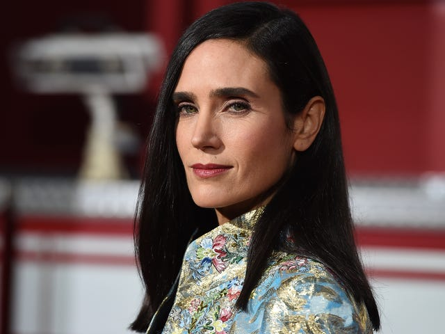 A Snowpiercer TV Series Starring Jennifer Connelly Is in the Works at TNT