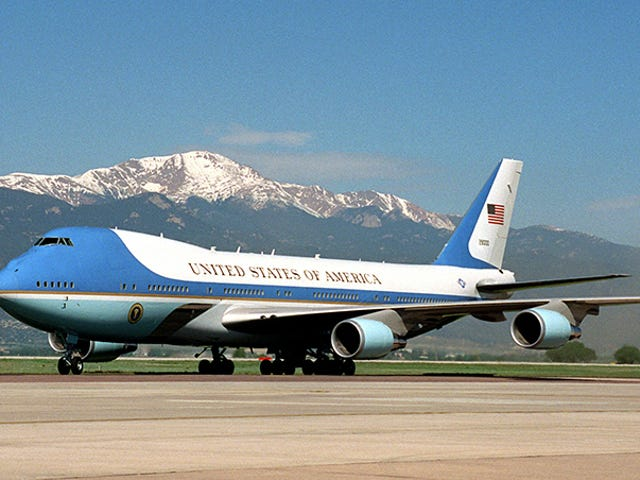What should a new Air Force One be?