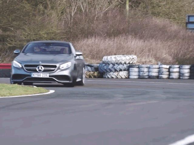 İki Kapılı Mercedes S Sınıfı Neden Hız ve Konforun Nihai Karışımı?