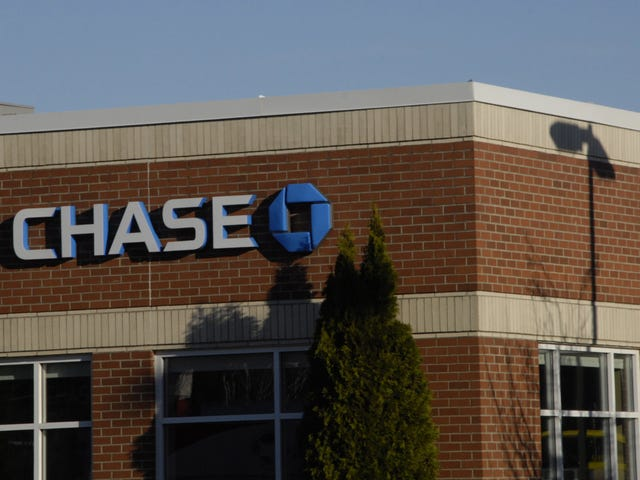 Last Call: Chase Bank faceplants with #MondayMotivation tweet