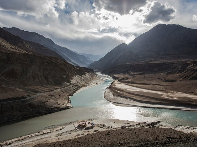 Climate Change Threatens Water Resources for Nearly 2 Billion People