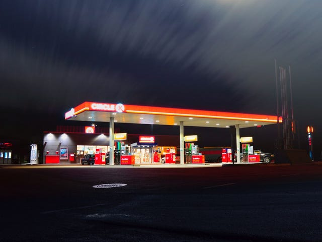 How to Pump Your Own Smelly Gas in Oregon and Live to Tell About It