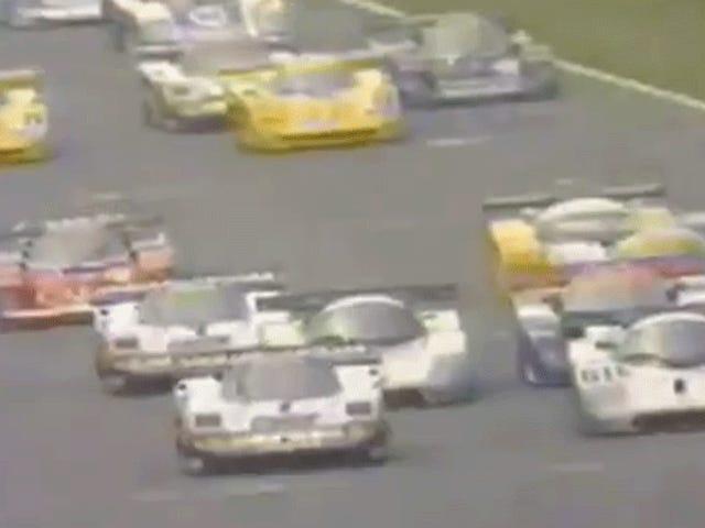 Quando Mercedes lutou Jaguar Battled Nissan Battled Toyota Battled Porsche Battled Mazda Battled Aston Martin em Le Mans