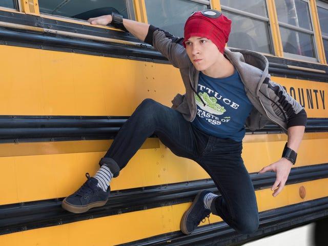 Então, é assim que Peter Parker sai do ônibus em <i>Avengers: Infinity War</i>