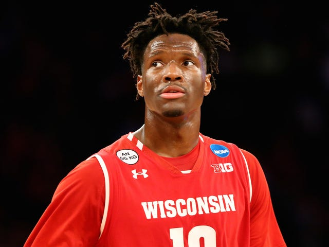Nigel Hayes Says That He And Wisconsin Teammates Discussed Boycotting 2016 Game To Protest NCAA