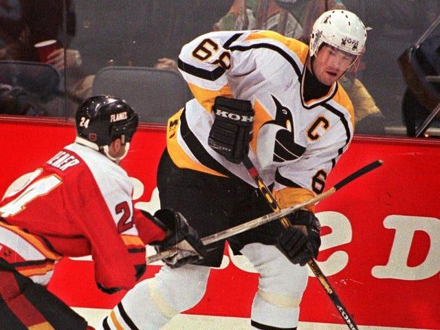 Jaromir Jagr Is Leaving The NHL Again