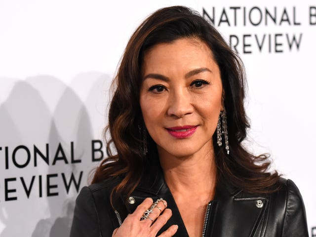 CBS All Access is beaming up aStar Trek: Discoveryspin-off series with Michelle Yeoh