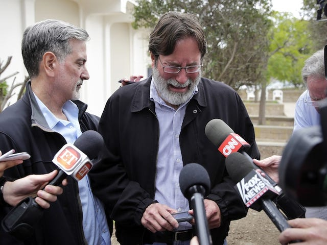 Fathers of the UCSB Shooter and One of His Victims Meet Privately
