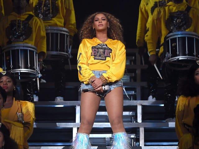 Greek Chic: Ready to Pledge Beyoncé Delta Kappa?