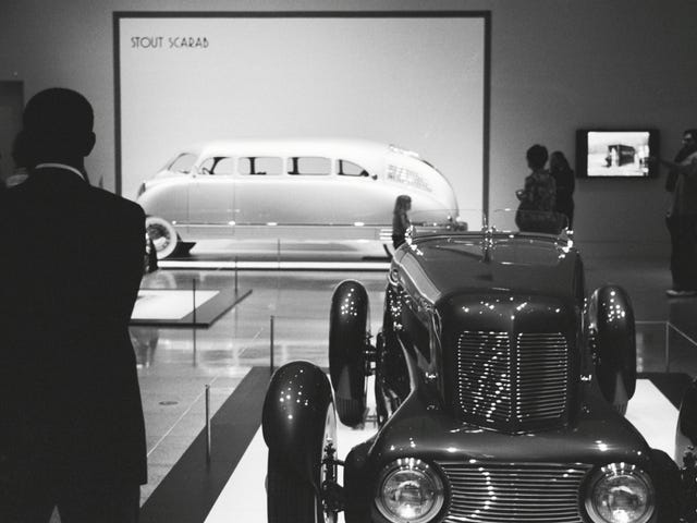 Art Deco Cars: More Film from the MFAH