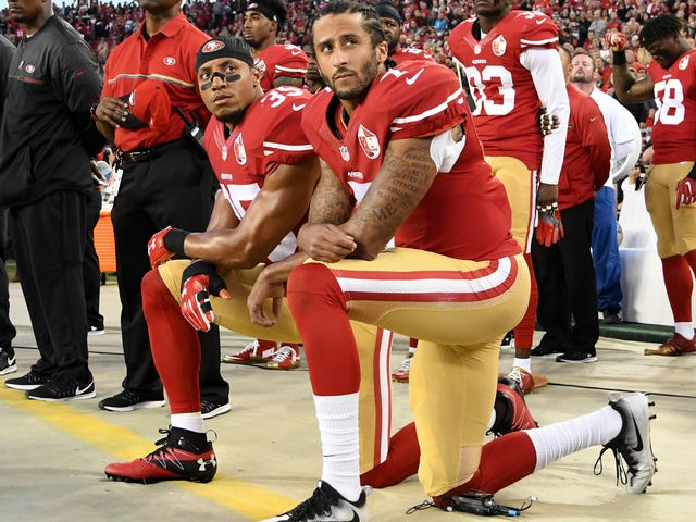 Colin Kaepernick's Attorney Says He'll Have 'Smoking Gun' to Prove NFL Owners Blackballed His Client