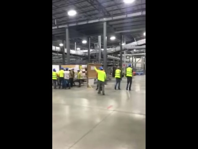 Heartwarming: Asshole Boss Owned By Impromptu Strike