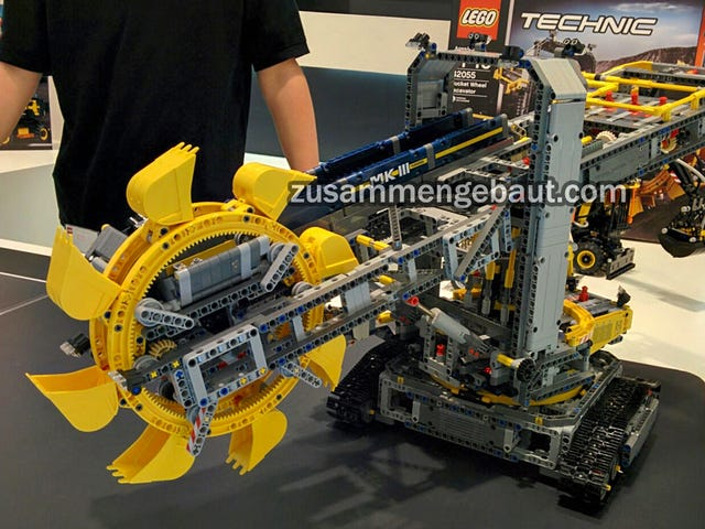 Lego's New Technic Bucket Wheel Excavator Looks Impressively Monstrous