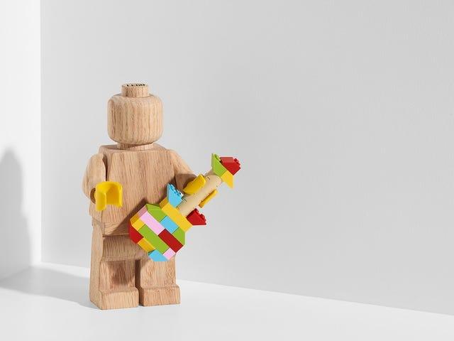Lego bày tỏ sự tôn kính đối với di sản của nó với một nhân vật bằng gỗ tuyệt vời