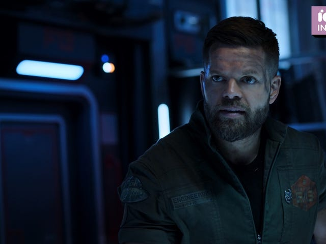 The Expanse's Wes Chatham Went to Therapy to Understand Amos's Trauma