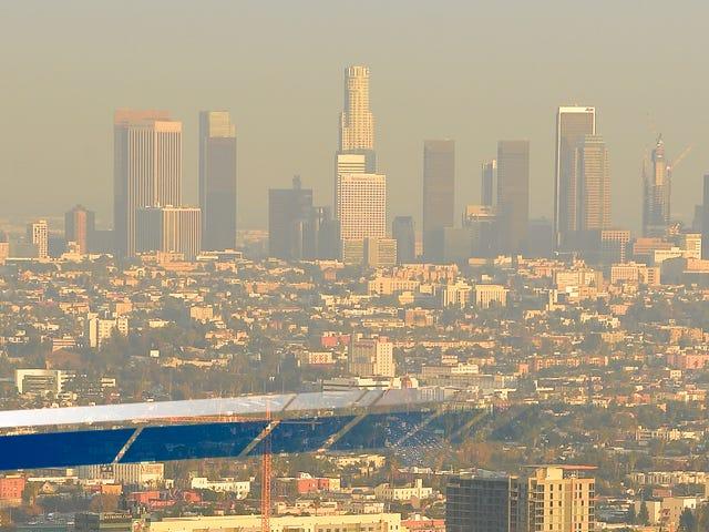 Η Καλιφόρνια προειδοποιεί το EPA εισερχόμενου ατού, θα κάνει ό, τι θέλει στους κανόνες καθαρού αέρα
