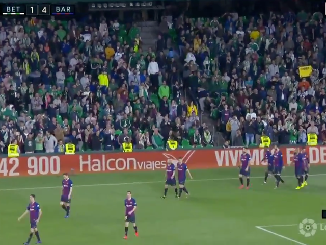 Lionel Messi's Hat Trick Inspired Opposing Supporters To Give Him A Standing Ovation