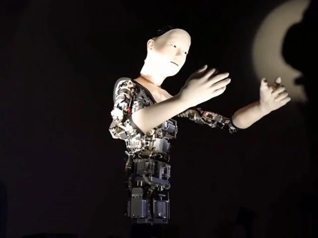 एक तंत्रिका नेटवर्क से दूर चलने वाला यह रोबोट नरक के रूप में डरावना है