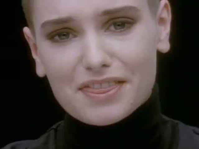 Track: Nic nie porównuje 2U |  Artysta: Sinéad O'Connor |  Album: Nie chcę tego, czego nie mam
