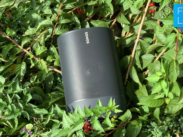 The Expensive New Sonos Bluetooth Speaker Baffles Me in Many Ways
