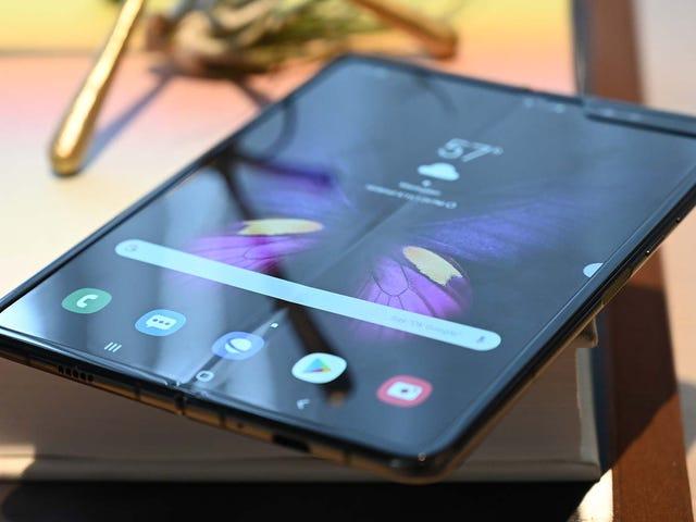 Varios Galaxy Fold se han roto tras un día de uso (y eso que el teléfono todavía no está a la venta)