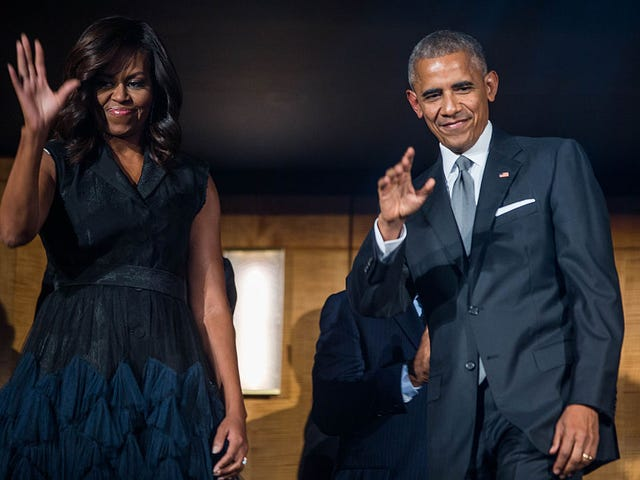 President Obama and First Lady, Please Do These 10 Blackest Things Before You Leave