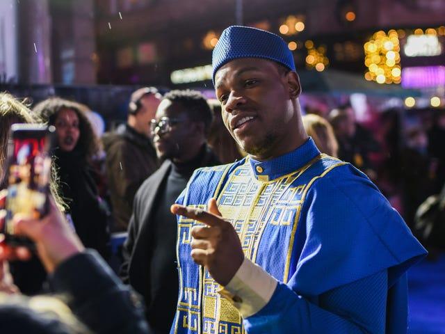 John Boyega Gathers Social Media Trolls for Criticizing Him Over 'Laying Pipe' Joke