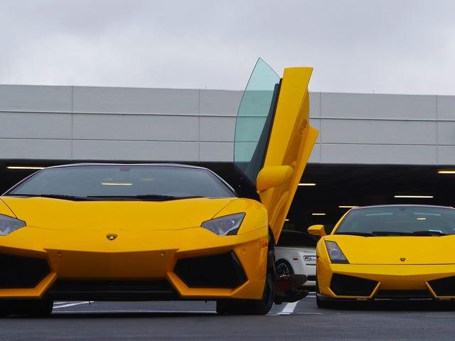 Supercars, 1.9 Milyon Dolarlık Lamborghini Centenario'ya Hoş Geldiniz Garajda Yer Aldı
