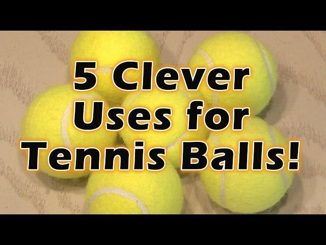एक टेनिस बॉल के साथ एक सरल दरवाजा घुंडी कुशन बनाएं