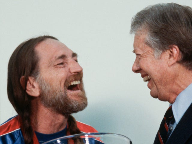 Willie Nelson and Jimmy Carter's son smoked a bowl on the White House roof