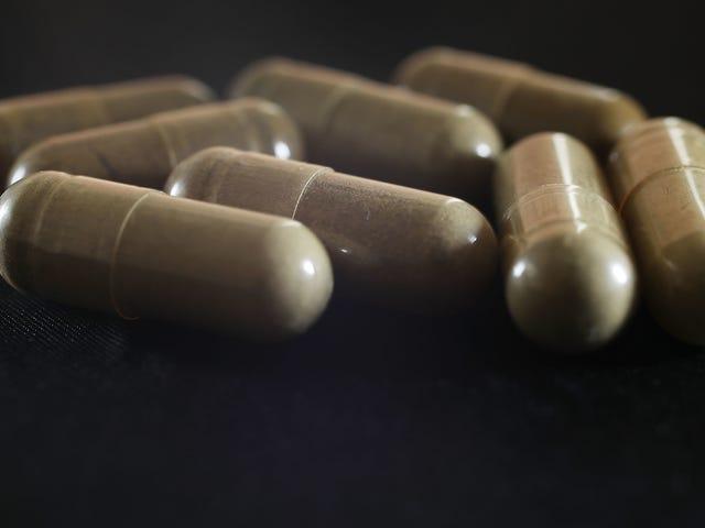 La FDA está persiguiendo a Kratom, advirtiendo a las empresas que dejen de venderla por adicción a los opioides y cáncer