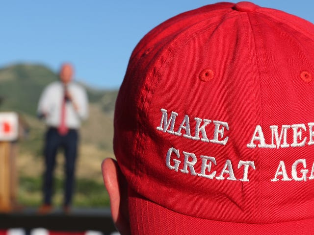 A Canadian Restaurant Refused to Serve a Man Wearing a MAGA Hat and Now Its Yelp Score is Ruined