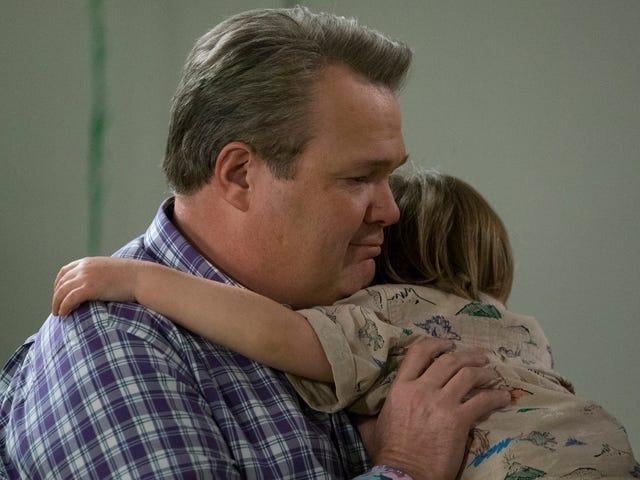 Une finale décevante voit Modern Family embrasser vaguement le changement