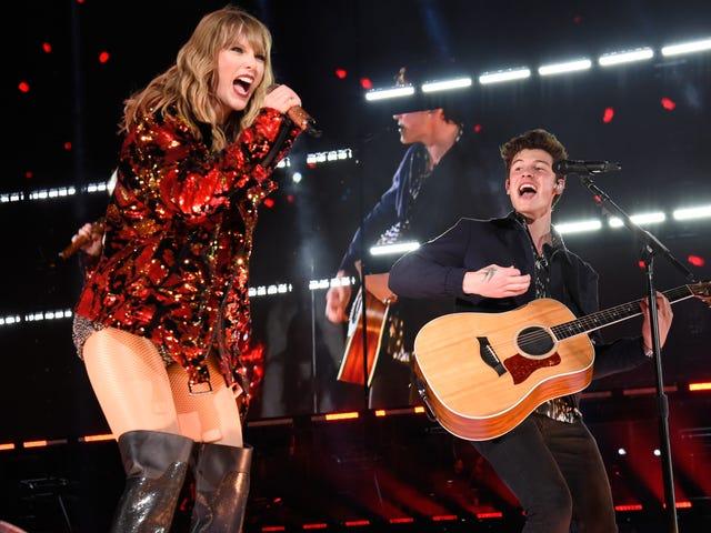 """Pinagbuti lamang ni Shawn Mendes ang kahanga-hanga ng Taylor Swift na """"Lover"""" sa bagong remix"""