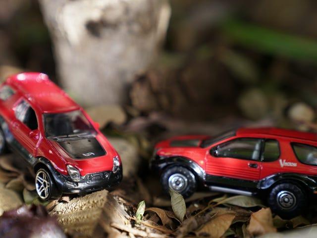RealToy vs Hot Wheels