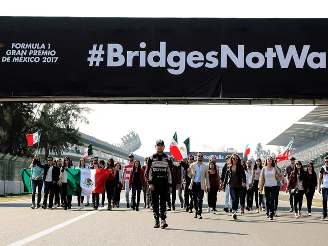 Grand Prix Mexico Berucap Daripada Menentang Tembok sempadan Trump