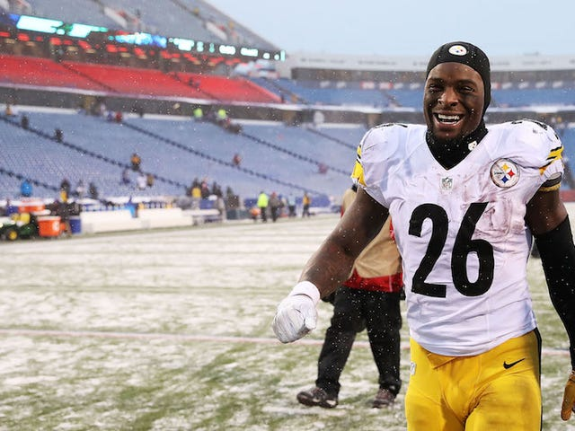 Le'Veon Bell Wants More Than Running Back Money