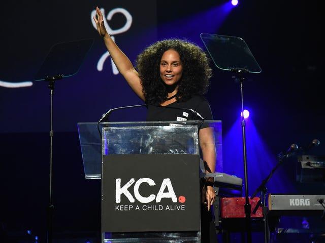 Saksikan: Alicia Keys Menjadi Tuan Rumah Pesta Tahunan ke-13 Keep a Child Alive Black Ball