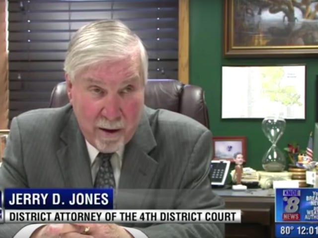 Il DA ammette che ha lasciato i giocatori di football americano in Alabama in modo semplice perché giocavano a calcio