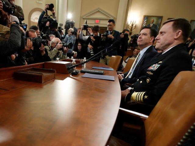 James Comey conferma che l'FBI sta indagando se la campagna di Trump sia stata collusa con la Russia
